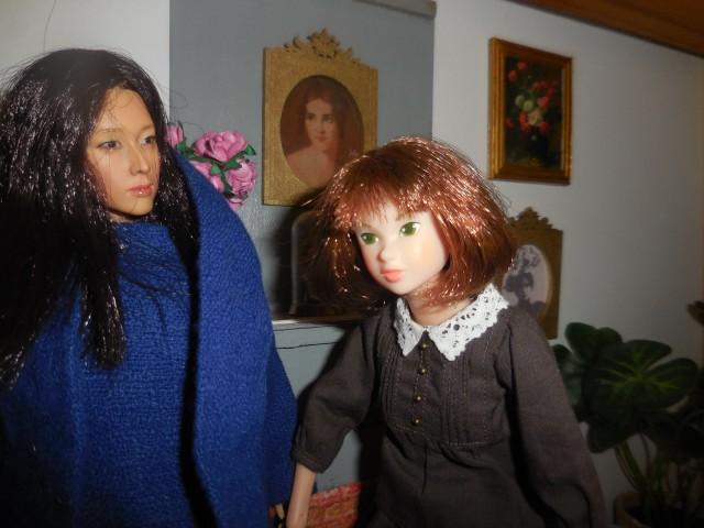 La dernière poupée de ma collection, l'étrange poupée Kumik.  Dscn0017