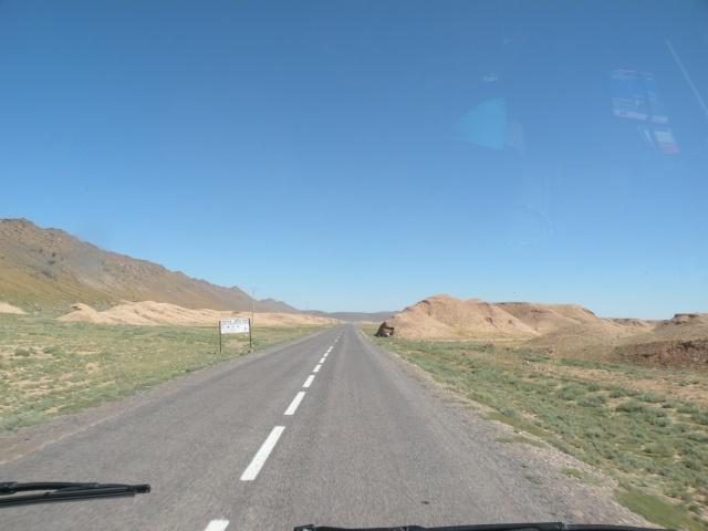 [Carburant, Routes, Police] Etat Route N12 entre Foum zguid et Zagora 90_rte10
