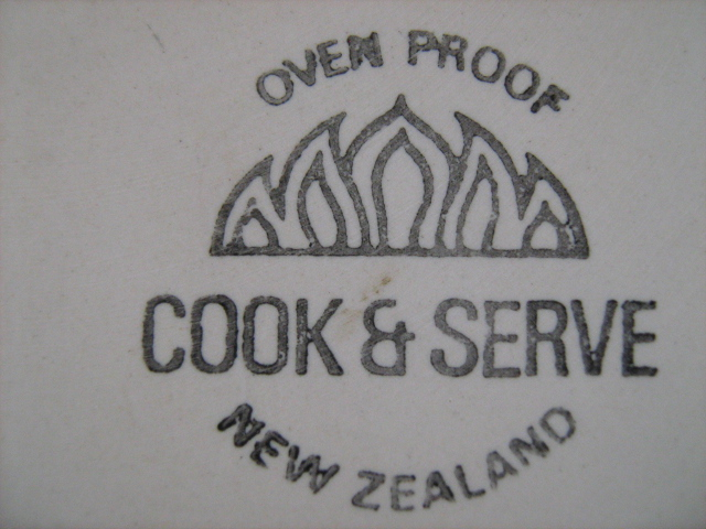 1627 Cook & Serve Oblong Oval Roasting Dish Img_2914