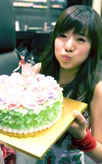 Paintcake! >> Freak Show Sunny_23