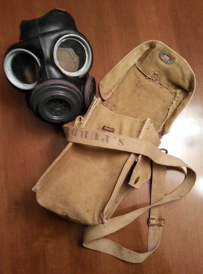 Light Gas Mask Pouch Question 12376110