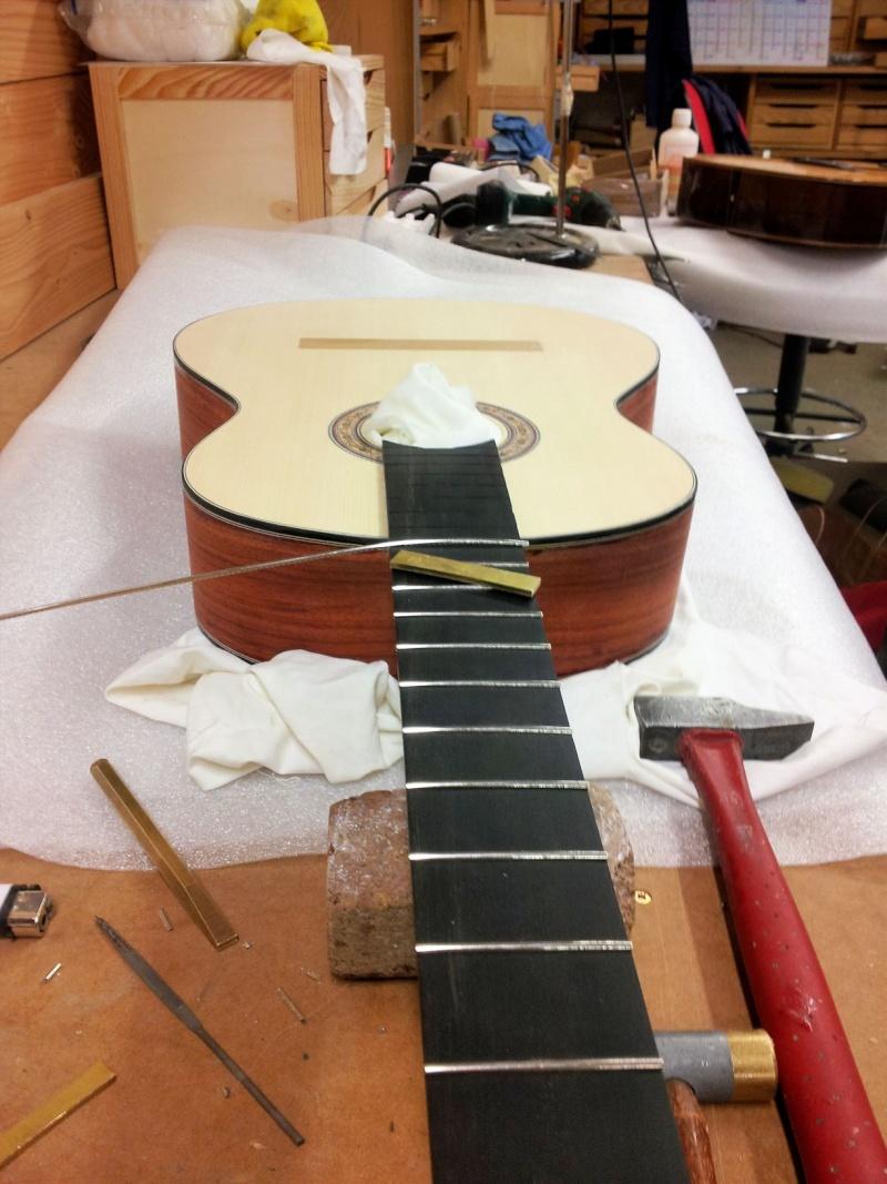 Construire sa guitare ... et plus si affinités avec le travail du bois 20151211