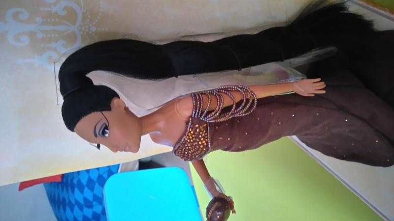 Nos poupées Designer en photo - poupée de la semaine - Page 6 Dsc_0114