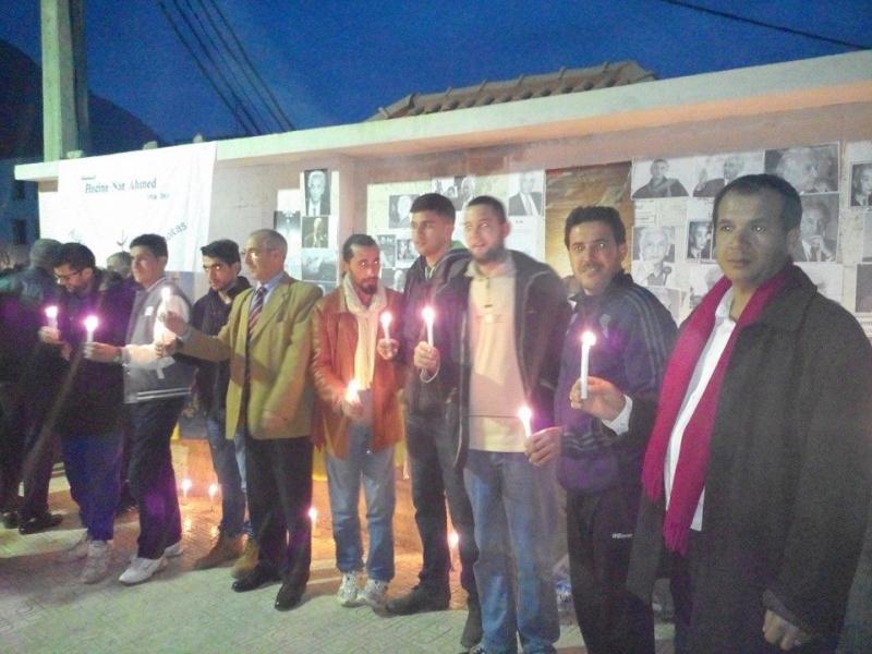 La population d'Aokas rend hommage à feu Hocine Ait Ahmed - Page 3 136
