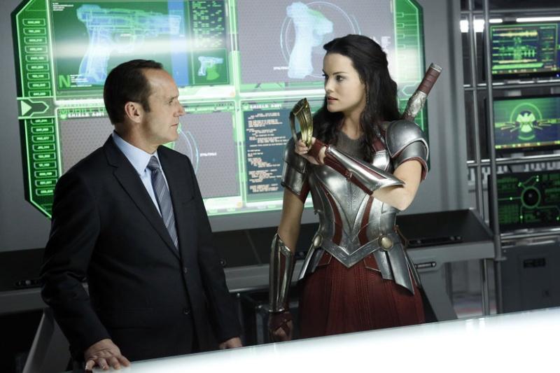 Les Agents du S.H.I.E.L.D [ABC/Marvel - 2013] - Page 6 Agents11