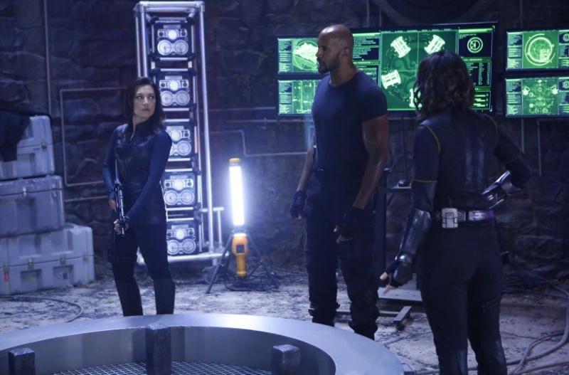 Les Agents du S.H.I.E.L.D [ABC/Marvel - 2013] - Page 6 Aos-3110