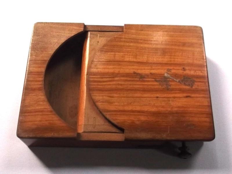 Les rasoirs D.Pétard Dscf2210