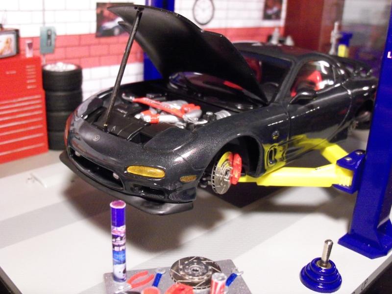 1992  Mazda RX-7  R1, de Tamiya 101_0510