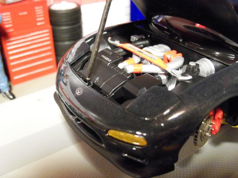 1992  Mazda RX-7  R1, de Tamiya 101_0511
