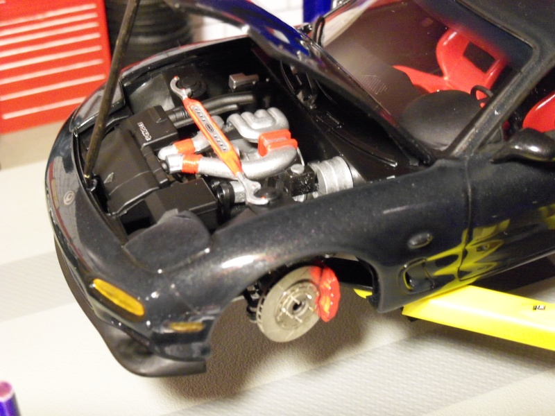 1992  Mazda RX-7  R1, de Tamiya 101_0512