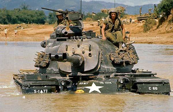 Le M-48 Patton (blindé du V-N) M480310