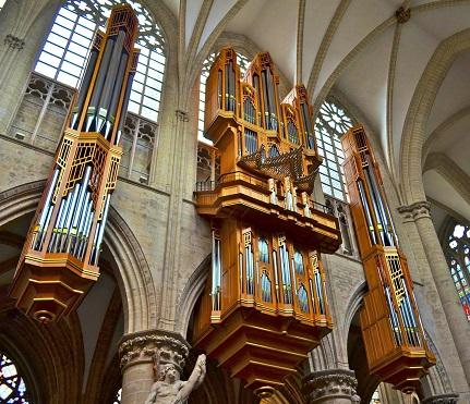 Les plus belles pièces d'orgue - Page 11 Bruxel11