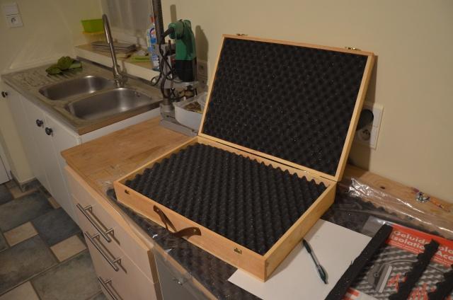 malette de rangement pour les préparations d'huile. Dsc_0021