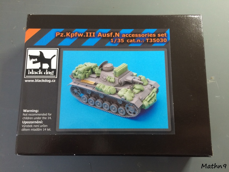 Panzer III ausf N + Accessoires Black dog [1/35 Dragon] -Terminé- Img_0234