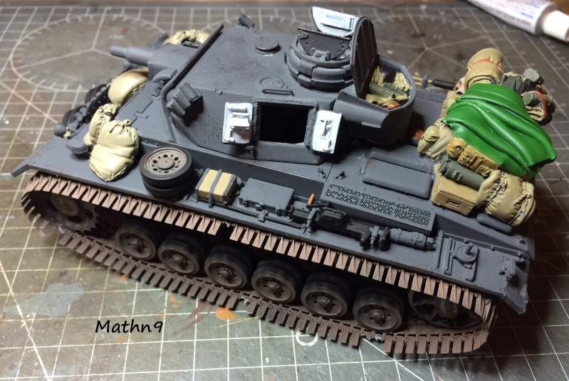 Panzer III ausf N + Accessoires Black dog [1/35 Dragon] -Terminé- Img_0313