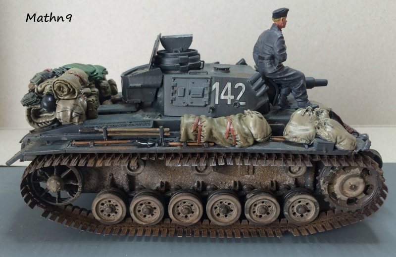 Panzer III ausf N + Accessoires Black dog [1/35 Dragon] -Terminé- Img_0317