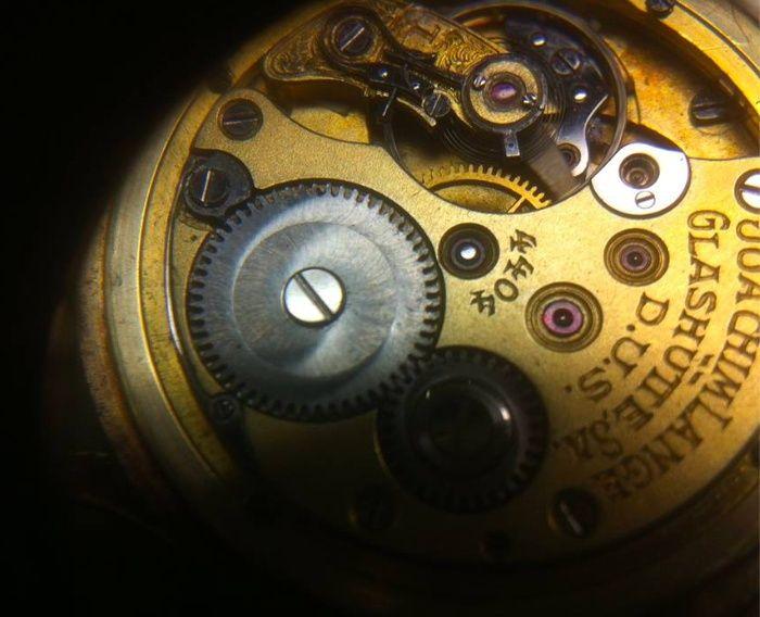 Enicar - [Postez ICI les demandes d'IDENTIFICATION et RENSEIGNEMENTS de vos montres] - Page 37 Captur11