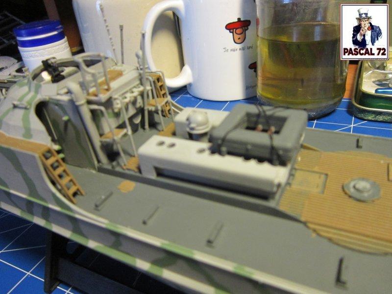 Schnellboote S-100 de Revell au 1/72 par pascal 72 Img_5363