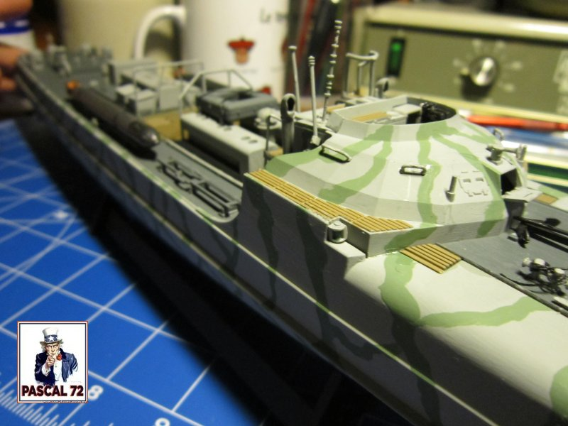 Schnellboote S-100 de Revell au 1/72 par pascal 72 Img_5445