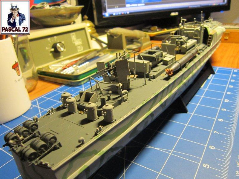 Schnellboote S-100 de Revell au 1/72 par pascal 72 Img_5453