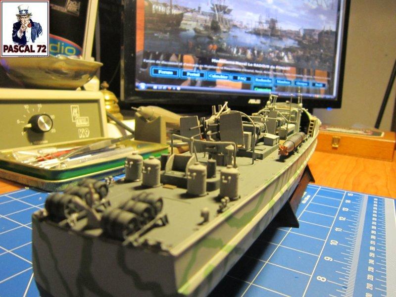 Schnellboote S-100 de Revell au 1/72 par pascal 72 Img_5454