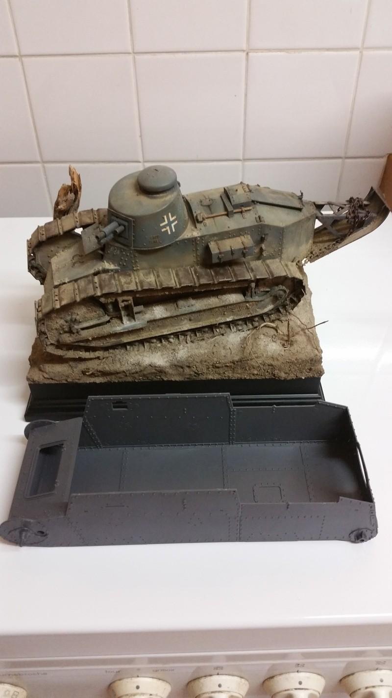 Panzer 38(T) Ausf.E/F - 1/16 - PANDA HOBBY. mise en boue  20151222