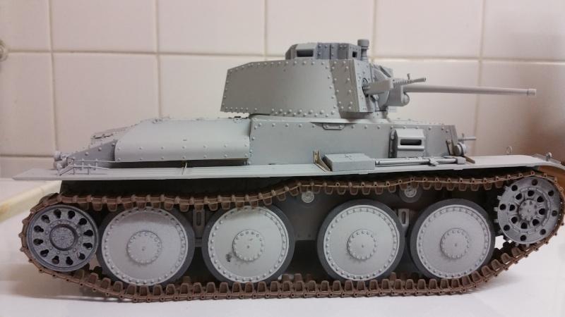 Panzer 38(T) Ausf.E/F - 1/16 - PANDA HOBBY. mise en boue  - Page 3 20160118