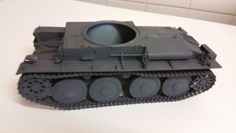 Panzer 38(T) Ausf.E/F - 1/16 - PANDA HOBBY. mise en boue  - Page 5 20160218