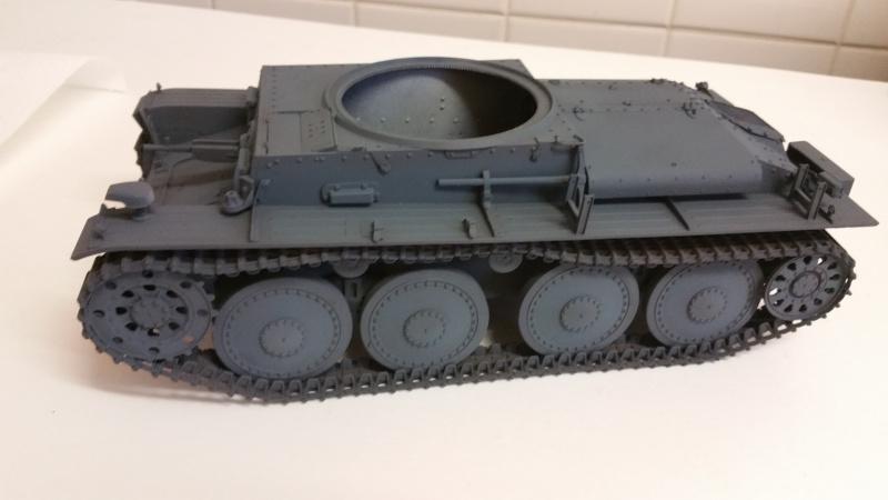 Panzer 38(T) Ausf.E/F - 1/16 - PANDA HOBBY. mise en boue  - Page 5 20160219