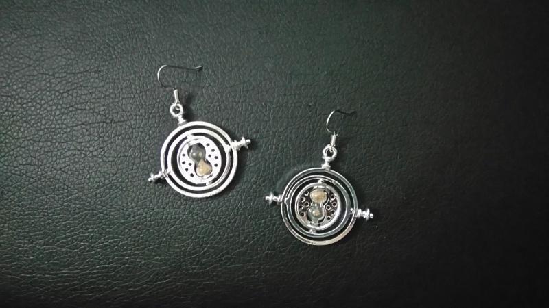 Les bijoux de l'univers Harry Potter (colliers,bagues,épée, etc) - Page 35 Dsc_0110