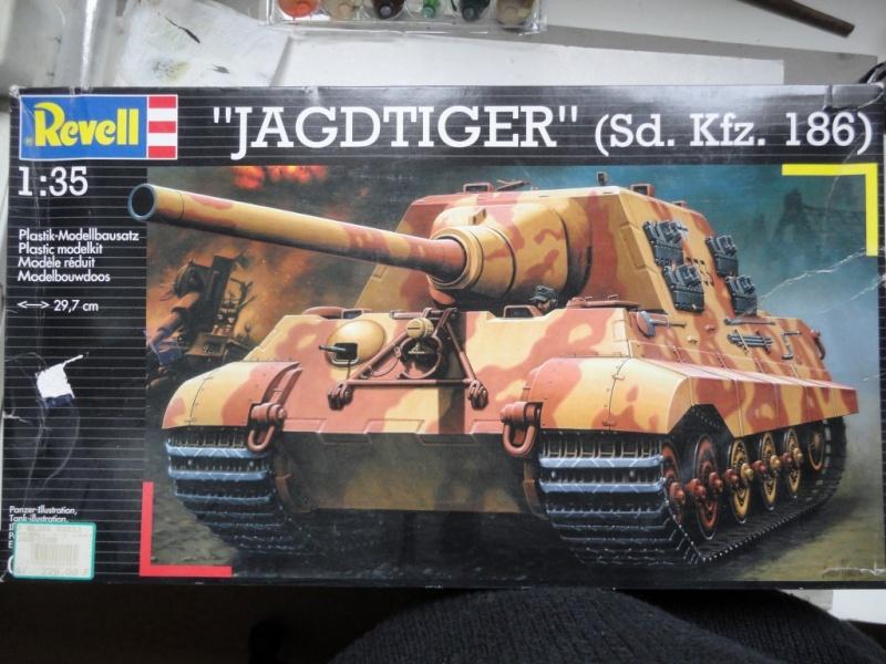 JAGDTIGER     (  REVELL  1/35  ) Dsc09119