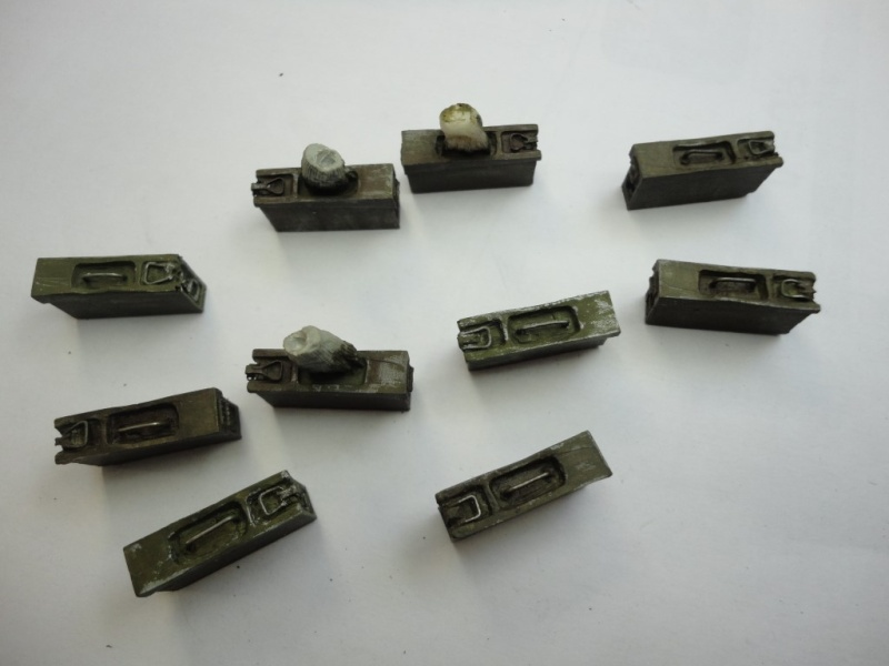 German  MG 42 gunner - ALPINE MINIATURES - Résine - 1/16  120 mm - Page 3 Dsc09313