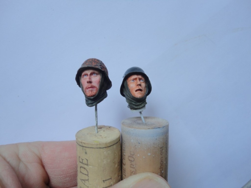 German  MG 42 gunner - ALPINE MINIATURES - Résine - 1/16  120 mm - Page 4 Dsc09428