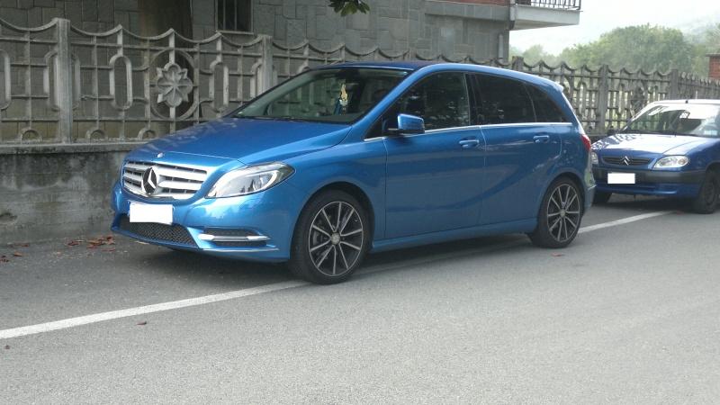 Avvistamenti auto dai colori particolari 2013-011