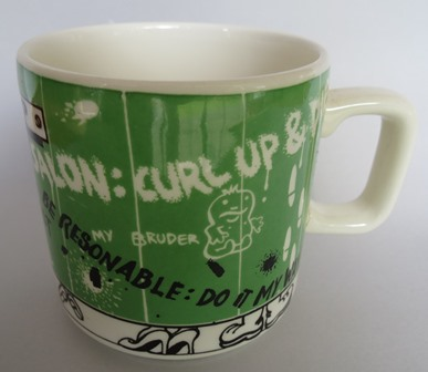 Show us your mugs .... Crown Lynn of course ;) - Page 8 Cl_gra11