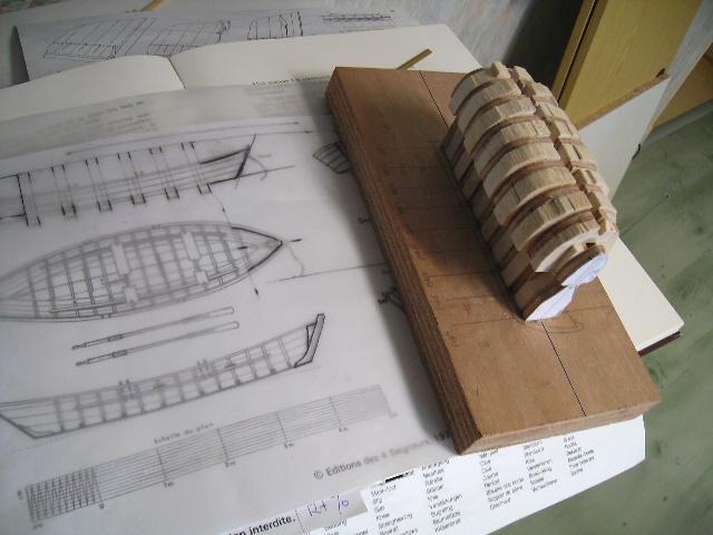 BISQUINE au 1/40 Kit Billing Boats modifié Xavero - Page 4 Canot_13