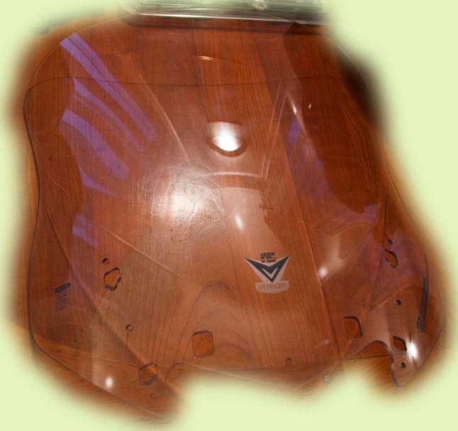 Vends divers accessoires FJR 2010 couleur bordeaux. Xxx_112