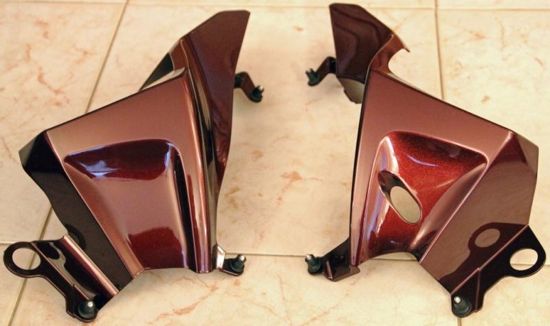 Vends divers accessoires FJR 2010 couleur bordeaux. Xxx_211