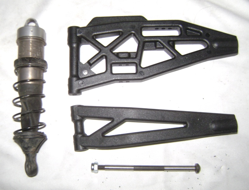 Les  Mugen MBX5R & MBX5T - pas comme les autres de Trankilou & Trankilette - Page 13 Photo261
