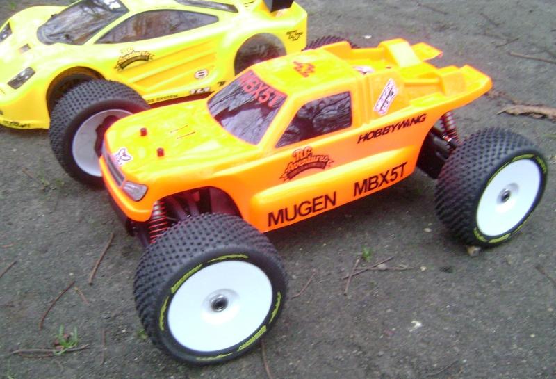 Les  Mugen MBX5R & MBX5T - pas comme les autres de Trankilou & Trankilette - Page 13 Photo_80