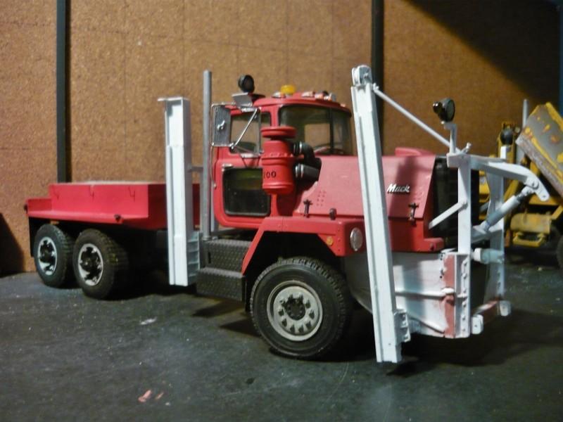 Mack RM 600 6X6 avec équipement a neige. - Page 3 P1140329