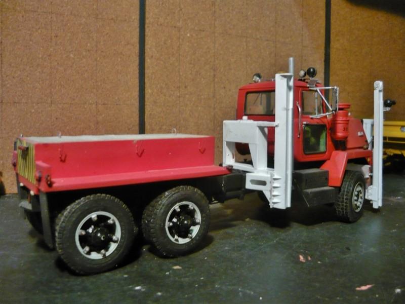 Mack RM 600 6X6 avec équipement a neige. - Page 3 P1140331