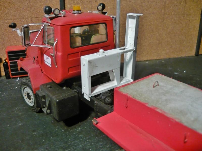 Mack RM 600 6X6 avec équipement a neige. - Page 3 P1140332