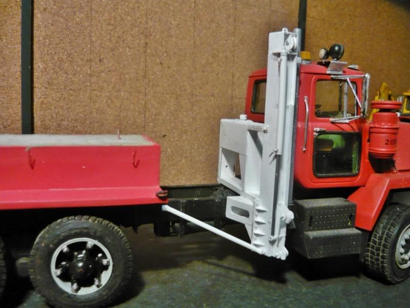 Mack RM 600 6X6 avec équipement a neige. - Page 3 P1140360