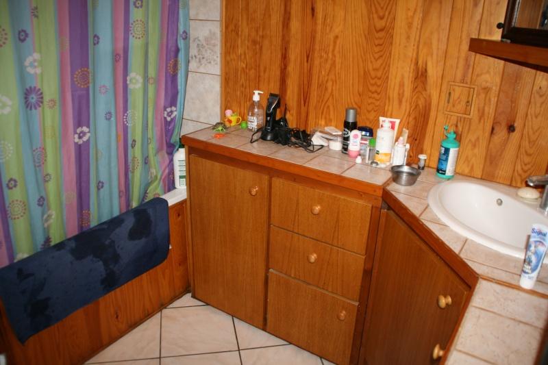 Salle de bain atypique. Besoin d'aide pour la relooker Img_3711
