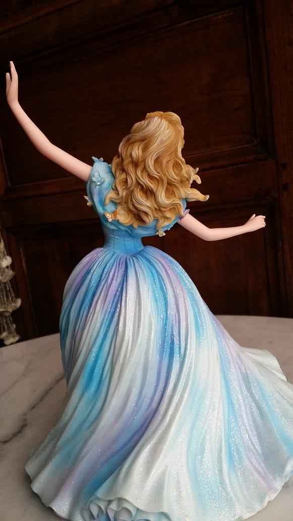 Disney Haute Couture - Enesco (depuis 2013) - Page 37 20160180