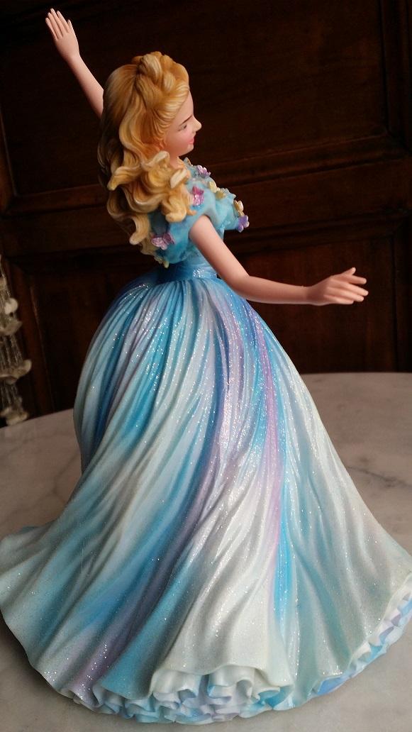 Disney Haute Couture - Enesco (depuis 2013) - Page 37 20160181