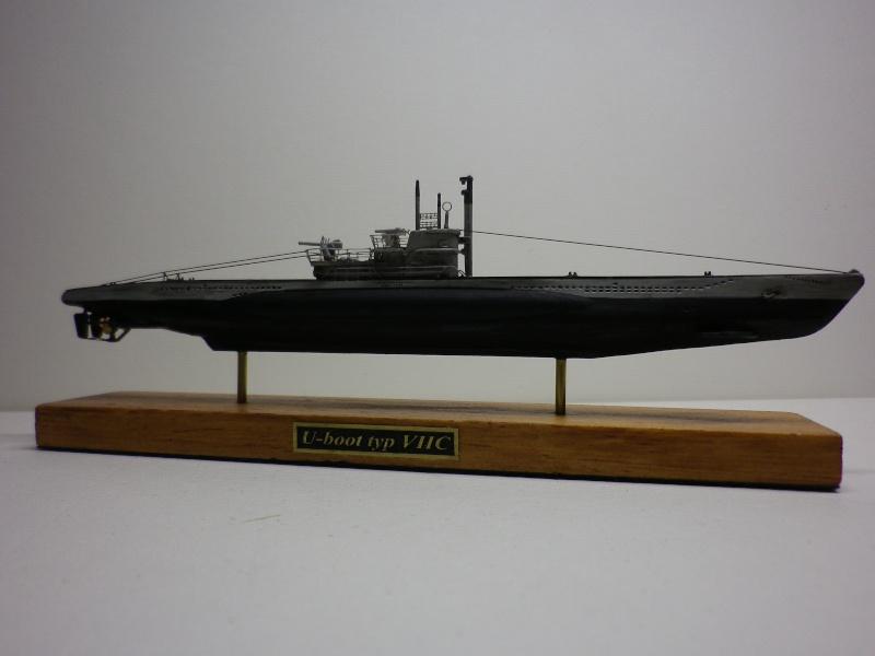 sous-marin type VII C  Maquette Mirage 1/400  Imgp3929