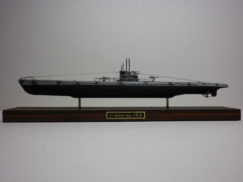 sous-marin type IX A  Mirage 1/400 par chatgrincheux Imgp3932
