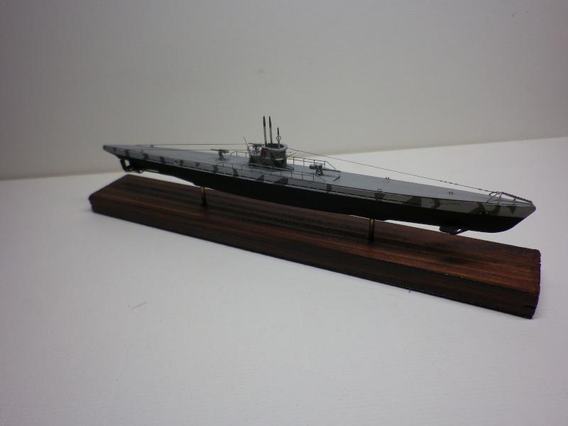 sous-marin type IX A  Mirage 1/400 par chatgrincheux Imgp3934